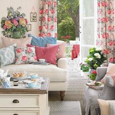 Design Your House in the Gilmore Girls Style