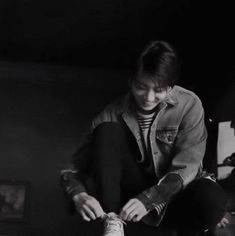 I started crying as soon as I heard his voice. Me- Jungkook. save me Jungkook have had a big crush on Y/N since they met 6 years ago. Taehyung, Jimin Jungkook, Bts Bangtan Boy, Bts Boys, Jungkook Smile, Jungkook Fanart, Seokjin, Namjoon, Jung Kook