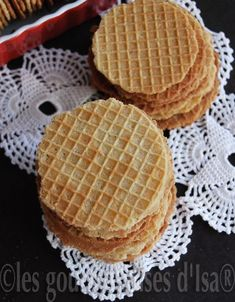 """GAUFRES SÈCHES """"DUNKERQUOISES"""" Biscuits, Bread, Breakfast, Desserts, Food, Honey, Recipes, Natural Skin Care, Bakery Business"""