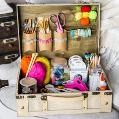 Clean up your craft closet with organized baskets, buckets, and more! Craft Space, Craft Rooms, Space Crafts, Studio Organization, Planner Organization, Diy Arts And Crafts, Crafts For Kids, Diy Crafts, Vintage Crafts