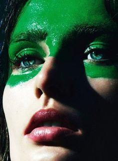 Vogue septembre 2013 #green #warpaint