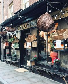 "7,464 Likes, 44 Comments - Pretty Little London (@prettylittlelondon) on Instagram: ""Endless love for East London's cozy cafes ☕️✨ Photo by @francesmehardie #verdeandcompany…"""
