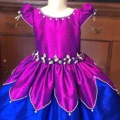 Girls Frock Design, Baby Dress Design, Kids Frocks Design, Baby Frocks Designs, Kids Party Wear Dresses, Kids Dress Wear, Kids Gown, Toddler Girl Dresses, Baby Girl Frocks