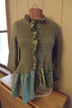 Lagenlook Art to Wear Upcycled Sweater Tunic von bluemermaiddesigns