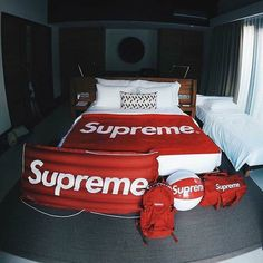 Supreme X Bed x Beach Ball x Bag x Clout