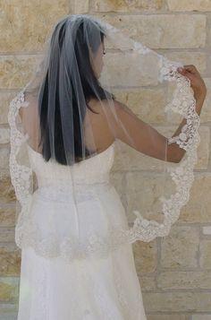 Love this Mantilla  Veil - lace veil, fingertip veil, Spain - classic wedding veil