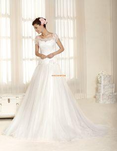 A-vonalú  Rövid ujjú Cipzár Menyasszonyi ruhák 2015