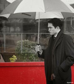 Pattinson Art Work: 'Life': Pictures of Robert Pattinson and Dane Dehaan on Set