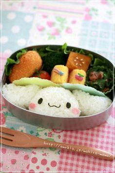 キャラ弁*シナモンロール in 2020 Bento Box Lunch For Kids, Cute Bento Boxes, Japanese Bento Box, Japanese Sweets, Bento Recipes, Bento Ideas, Kawaii Cooking, Kawaii Bento, Food Crafts