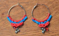 Gehaakte oorringen rood blauw met kersjes van MissFrauque op Etsy