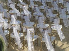 Gorgeous seating for a beach wedding Crystal Wedding, Beach Themes, Crystals, Projects, Ideas, Wedding On The Beach, Log Projects, Blue Prints, Crystal