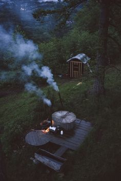 The Cinder Cone: Building A Multi-Platform Tree House Foster Huntington, Huntington Homes, Outdoor Bathrooms, Cinder, Travel Size Products, Simple, Nature, Travel Destinations, Fire