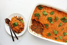 Healthy recipe for Sweet Potato Cottage Pie - a filling and delicious dinner, with lots of leftovers for the next few days! Healthy Fried Rice, Organic Beef, Cottage Pie, Mashed Sweet Potatoes, Sweet Potato Recipes, Nutritious Meals, Main Meals, No Cook Meals
