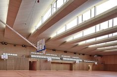 Pajol Sports Centre  / Brisac Gonzalez