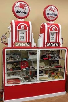Old Gas Pumps, Vintage Gas Pumps, Truck Tv, Refrigerator Wraps, Old Gas Stations, Filling Station, O Gas, Old Signs, Pedal Cars