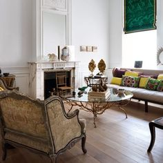 The elegant Brussels Townhouse of French and Mexican furniture designers Anne-Marie Midy and Jorge Almada of Casamidy. Home Living, My Living Room, Living Room Decor, Living Spaces, Luxury Living, Mexican Furniture, Interiores Design, Interior Inspiration, Room Inspiration