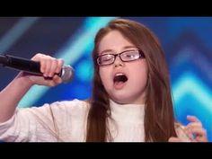 最高の声! 11歳の少女は、聴衆の中に誰もが励起され、. - YouTube