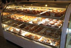 Belle Pastry: Main Street, Old Bellevue Merchant #Bellevue Washington