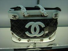 Beautiful Channel Handbag..just wickedry here!