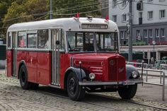 Ein Autobus der Wiener Linien... den man für Nostalgiefahrten auch mieten kann 150 Jahre Straßenbahn in Wien
