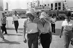 James Dean & Elizabeth Taylor at a fair in Texas