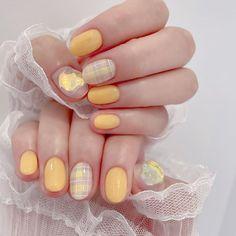 Glam Makeup, Hair Makeup, Nail Atelier, Short Nails, Nail Inspo, Nails Inspiration, Cute Nails, Nail Designs, Nail Art