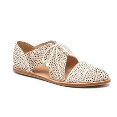Willa Cut-Out Oxford