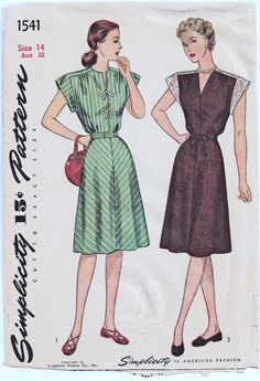 1945 Vintage Shoulder Interest Dress Gathered by deliciouspatterns Simplicity 1541, very much like Simplicity 2389