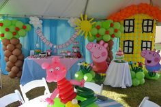Décor at a Peppa Pig Party #peppapig #partydecor