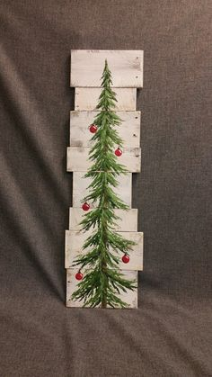 Christmas tree sign white washed red bulbs by TheWhiteBirchStudio Christmas Tree Painting, Christmas Signs, Rustic Christmas, Christmas Art, Christmas Projects, Winter Christmas, Holiday Crafts, Christmas Decorations, Christmas Ornaments