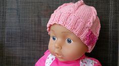 Babymütze  mit Herz aus Baumwoll-Kaschmir von der woll-loewe auf DaWanda.com