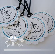 Personalized 2inch Circle Tags with Scalloped Edges - 100 tags - Thank You - Love - Weddings - Bridal Shower - Personalized