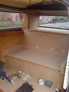 http://solokombis.com.ar/Articulos Tecnicos/Articulos_Tecnicos/Cama/Cama en Kombi VW.htm