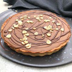 Nougat Pie with Mazarin Bottom - Perfect Pie for Dessert Baileys Cheesecake, Danish Dessert, Marzipan, Pavlova, No Bake Desserts, Sweet Recipes, Sweet Tooth, Sweet Treats, Food And Drink