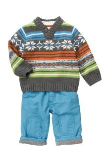 Love the colors in this sweater. Looooove baby boy clothes!
