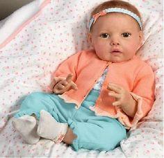 NEW  Ashton Drake So Truly Real HANNAH GOES TO GRANDMAS Baby Doll