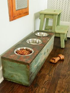 How adorably rustic is this 'pet station'?  Except I'd want the front to open for storing bags of food, toys etc.
