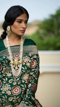 Kundan Set, Gold Jewelry, Jewellery, Wardrobes, Costume Jewelry, Sarees, Ethnic, Costumes, Jewels