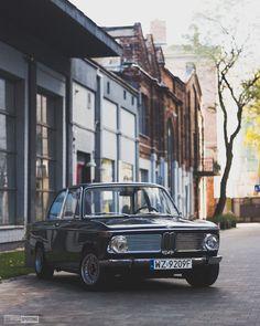 Do you like old cars? It's BMW 2002ti from 1969! [OC][3218x4022] via Classy Bro