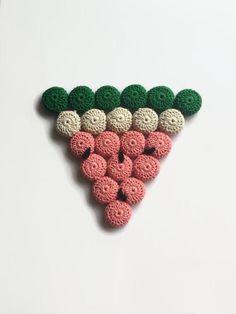 Watermelon Trivet / Watermelon Hot Pad / Crochet Watermelon | Etsy Crochet Hippo, Crochet Faces, Cotton Crochet, Thread Crochet, Retro Kitchen Decor, Great Housewarming Gifts, Hot Pads, Watermelon, Vintage Inspired