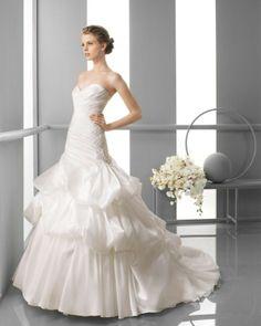 140 FINIA / Wedding Dresses / 2013 Collection / Alma Novia