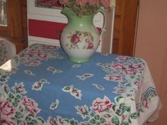 Vintage Tablecloth 50s Roses pink red green COTTAGE CHIC heavy cotton buds wow