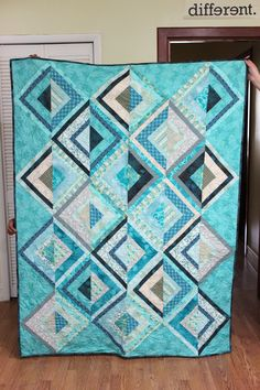 Sandy toes quilt made with most of my blue fabrics #diamonds #throw #quilt