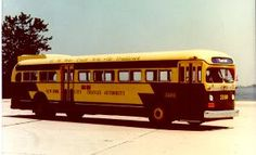 n the late1950s, Fifth Avenue Coach purchased the first air-conditioned buses to be used for local service in NYC. The bus pictured above is part of New York Transit Museum's historic collection.