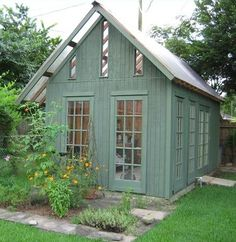 Sweet greenhouse-shed-Charlie could make this right!