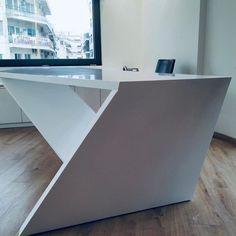 #officedesign #solidsurfaces #interiordesign #arcitecture #arcitecturelovers #karasoulassa #whiteoffice #PLH #karasoulassa Solid Surface, Bathtub, Bathroom, Design, Interiors, Standing Bath, Washroom, Bath Tub, Bathrooms