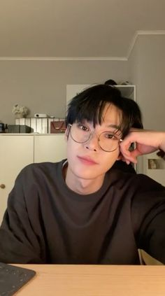 Nct Doyoung, Live Hd, My Heart Hurts, Kim Dong, Kpop, K Idol, Girl Day, Aesthetic Photo, Boyfriend Material