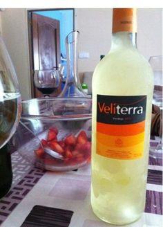 Botella de vino #Veliterra como postre