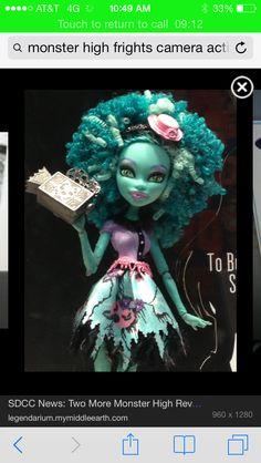 Monster High Fright Camera Action Honey Swamp doll