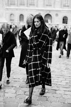 On the Street…Not Half Plaid, Paris & London « The Sartorialist Street Chic, Street Style, Sartorialist, How To Wear Scarves, Models, Casual Elegance, Her Style, Editorial Fashion, What To Wear